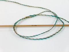 Iris vlna - tyrkysovovelbloudí
