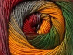 Primadonna - červenozelenožlutošedá