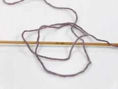 Primadonna - purpurovohnědobílá