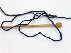 Vlna cord aran - tmavě námořnická